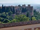 Panorama twierdzy w Alhambrze z Generalife