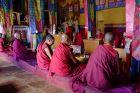Indie, Diskit, w czasie modlitw