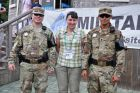 Korea, Ania z amerykańskimi żołnierzami z DMZ