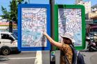 Korea, Busan, Ania i niezrozumiała mapa