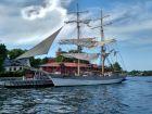 Statek w okolicy Muzeum Vasy